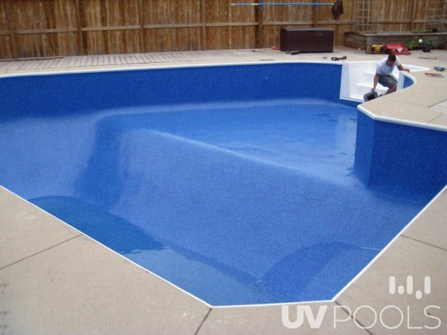 Proper Fit of Dark Blue Pool Liner